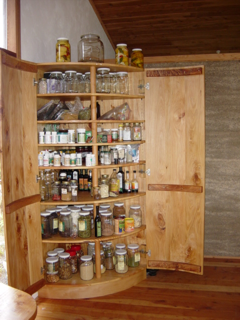 13 rounded pantry shelves doors