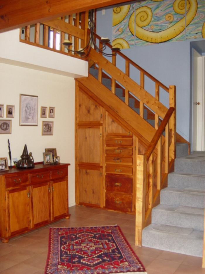 3staircaselarge.jpg