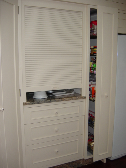 4 Appliance cupboard pullout pantry