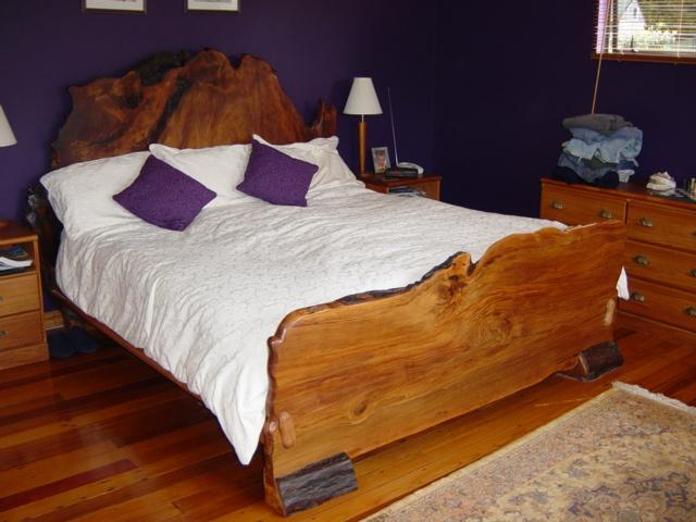 Kauribedlarge  Wooden Earth Creations Ltd.