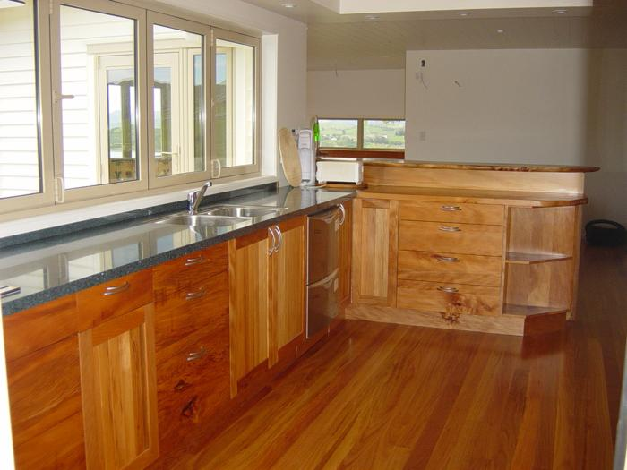 Recycled kauri kitchen with granit 90 benchtop_700x525