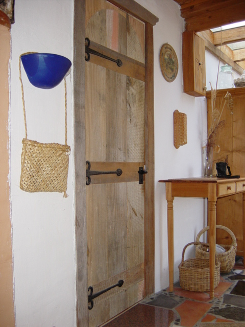Rustic totara door 2