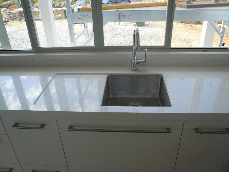 Serene_kitchen_i-drainer