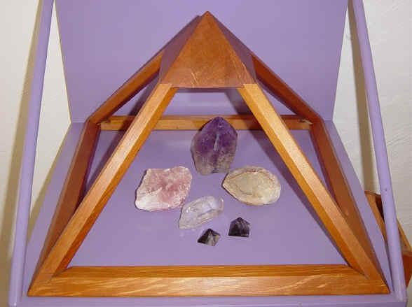Recharges crystal energies