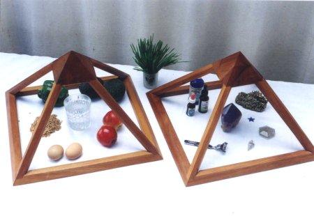 small_twin_pyramids
